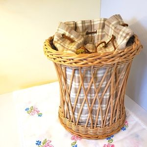 Wicker antique clothes pin basket/onion bag